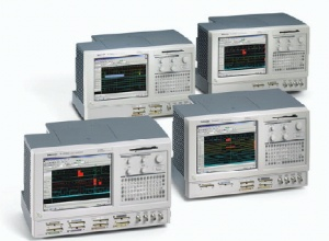TLA5204 - Tektronix Logic Analyzers
