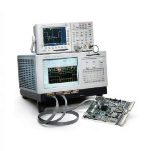 TLA612 - Tektronix Logic Analyzers