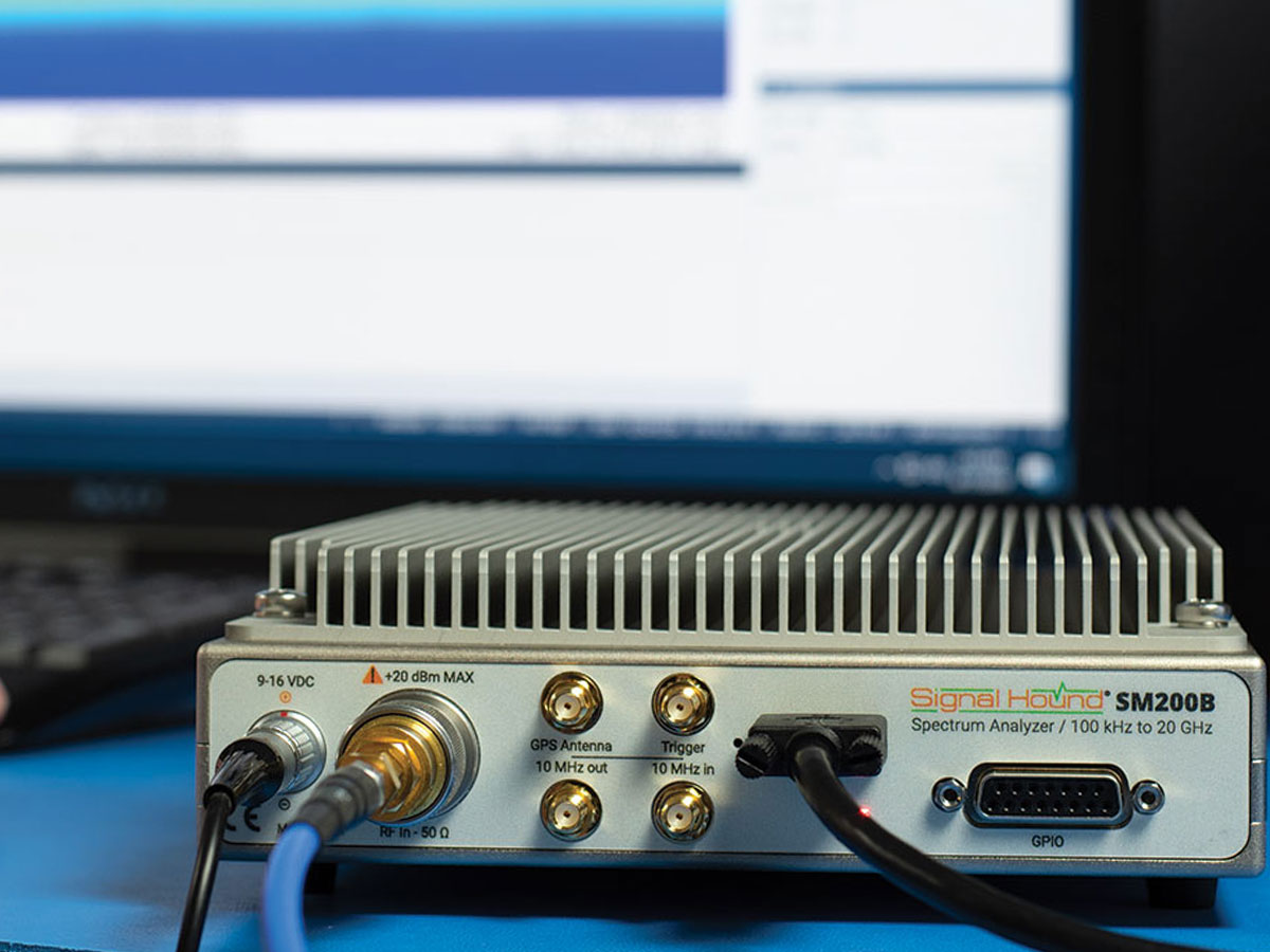 SM200B - Signal Hound Spectrum Analyzers