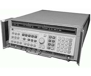 8341B - Keysight / Agilent Sweeper Generators