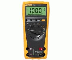 77 IV - Fluke Digital Multimeters