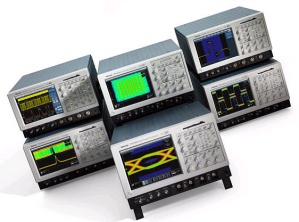 TDS7254B - Tektronix Digital Oscilloscopes