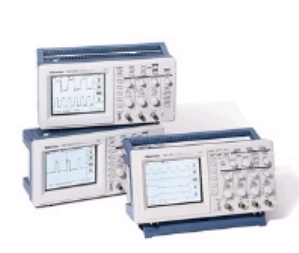 TDS220 - Tektronix Digital Oscilloscopes