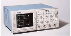 TDS684C - Tektronix Digital Oscilloscopes
