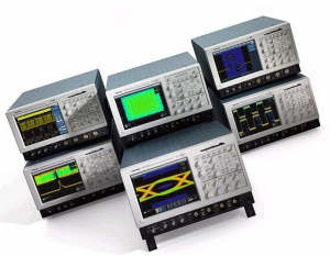 TDS7054 - Tektronix Digital Oscilloscopes