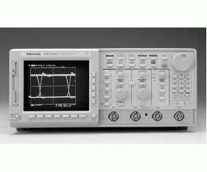 TDS540C - Tektronix Digital Oscilloscopes