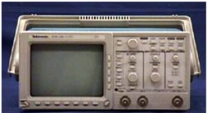 TDS320 - Tektronix Digital Oscilloscopes