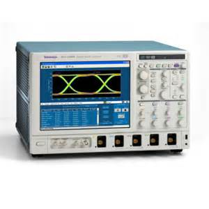 DSA73304D - Tektronix Digital Oscilloscopes